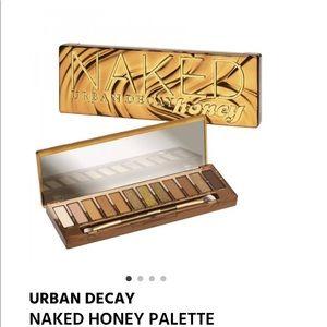 NWT Urban Decay Honey Palette